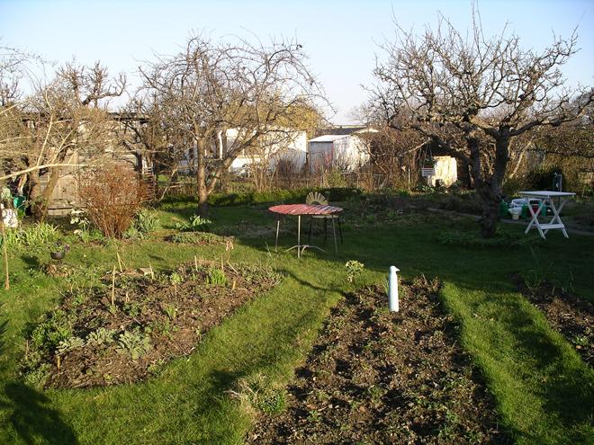jordgubbsland-12-april-2009